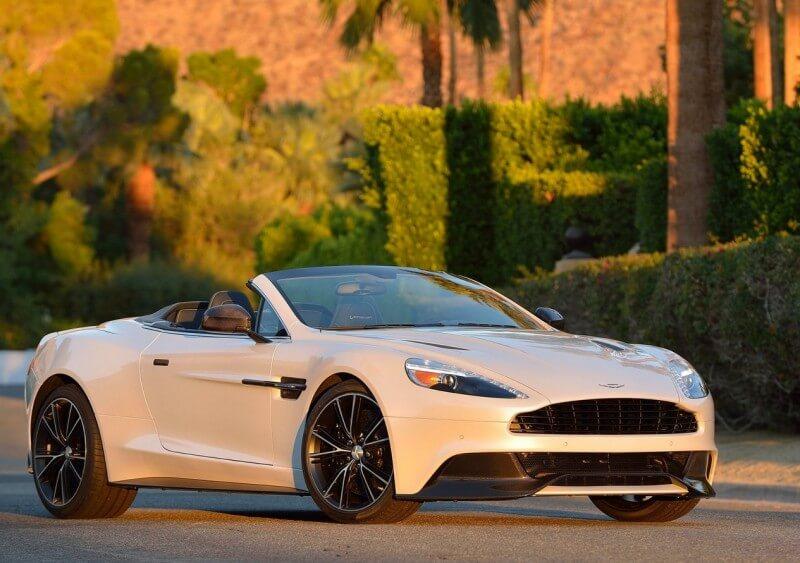 Фотография Aston Martin Vanquish