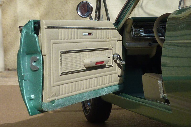 Ford Fairlane автомобильная модель