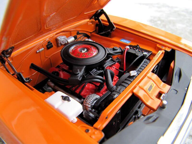 Двигатель Dodge Charger R/T