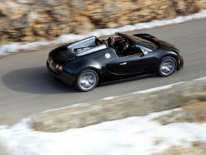 Bugatti Veyron авто