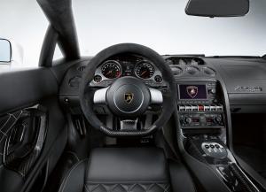 Lamborghini Gallardo салон