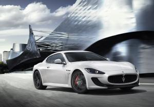 Maserati GranTurismo авто