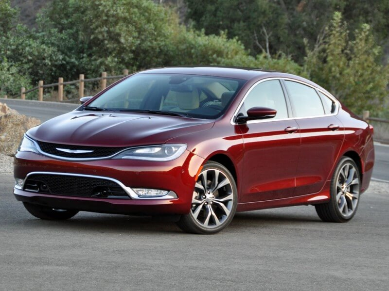 Chrysler 200 2015 года
