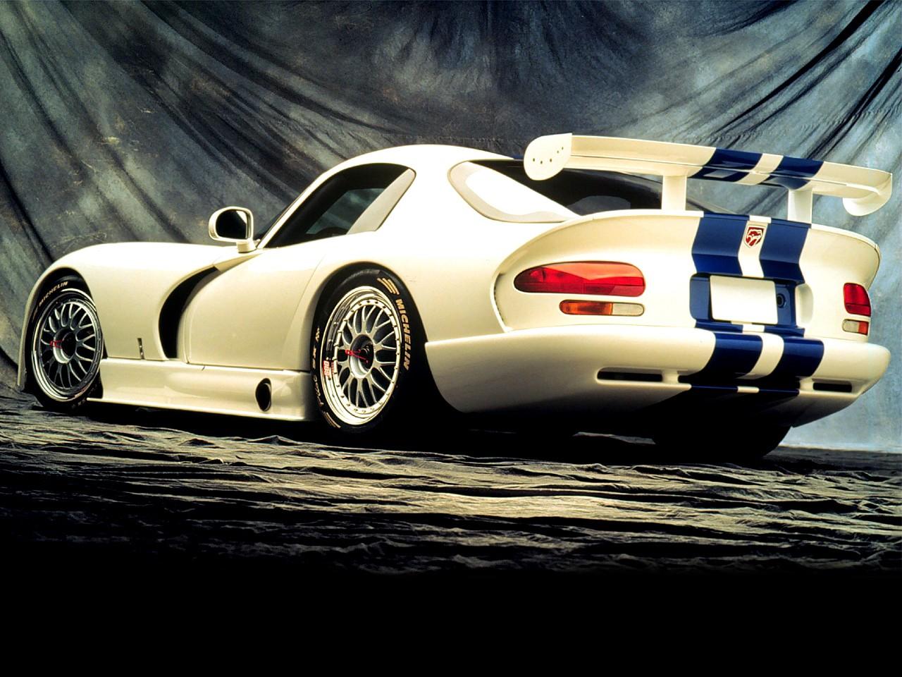Dodge Viper GTS-R car
