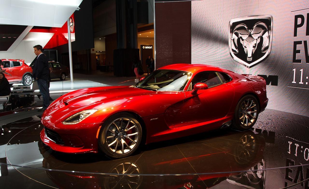 Dodge Viper GTS-R спорткар