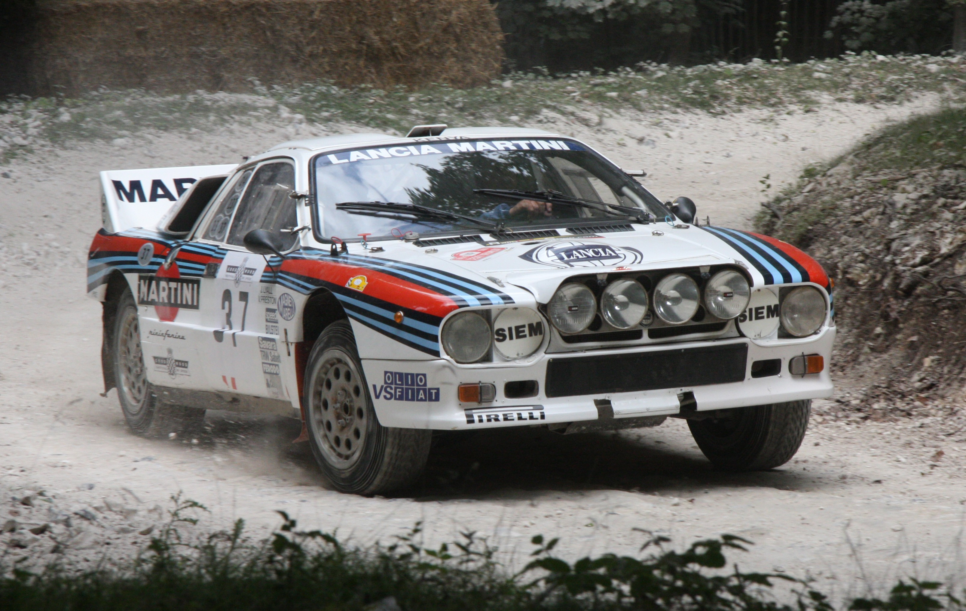 Lancia Stratos фото