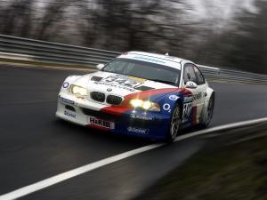 BMW M3 GTR автомобиль