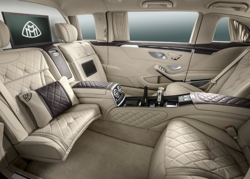 Интерьер Mercedes Maybach S600