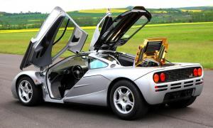 McLaren F1 авто
