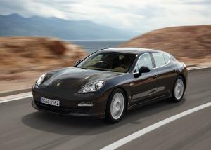 Porsche Panamera автомобиль