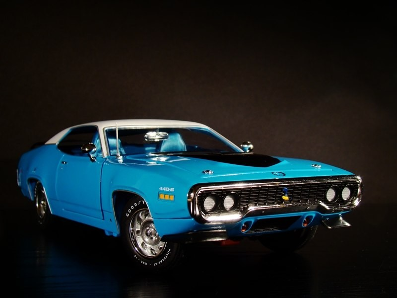 Фото Plymouth Road Runner 440-6