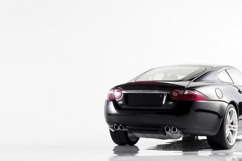 Автомобильная модель Jaguar XKR Coupe