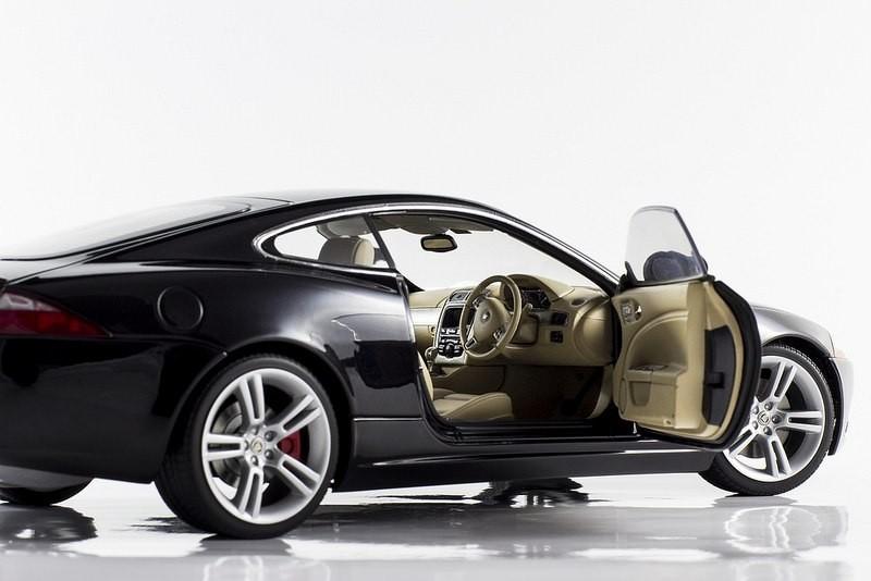 Салон Jaguar XKR Coupe
