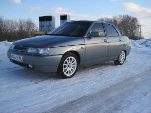 Автомобиль LADA-2110