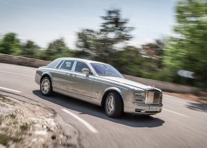 Rolls-Royce Phantom авто