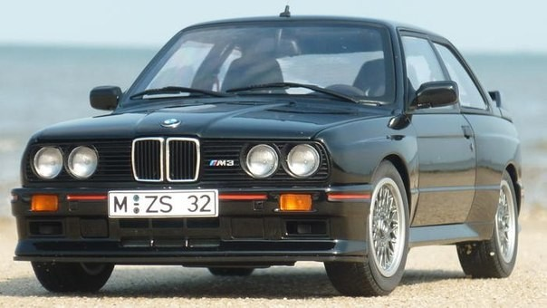 Фото BMW M3 E30 Sport Evolution