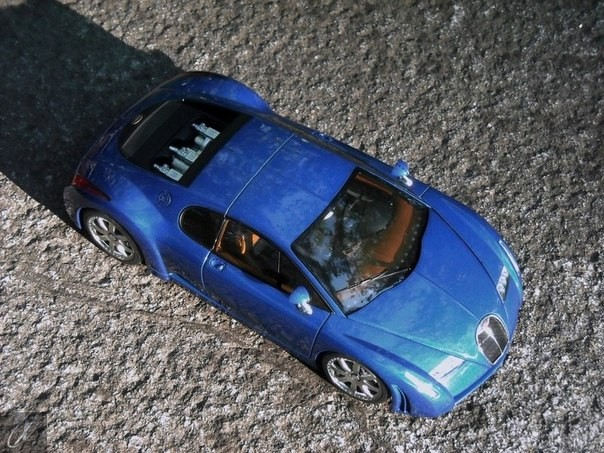 Вид сверху Bugatti Chiron