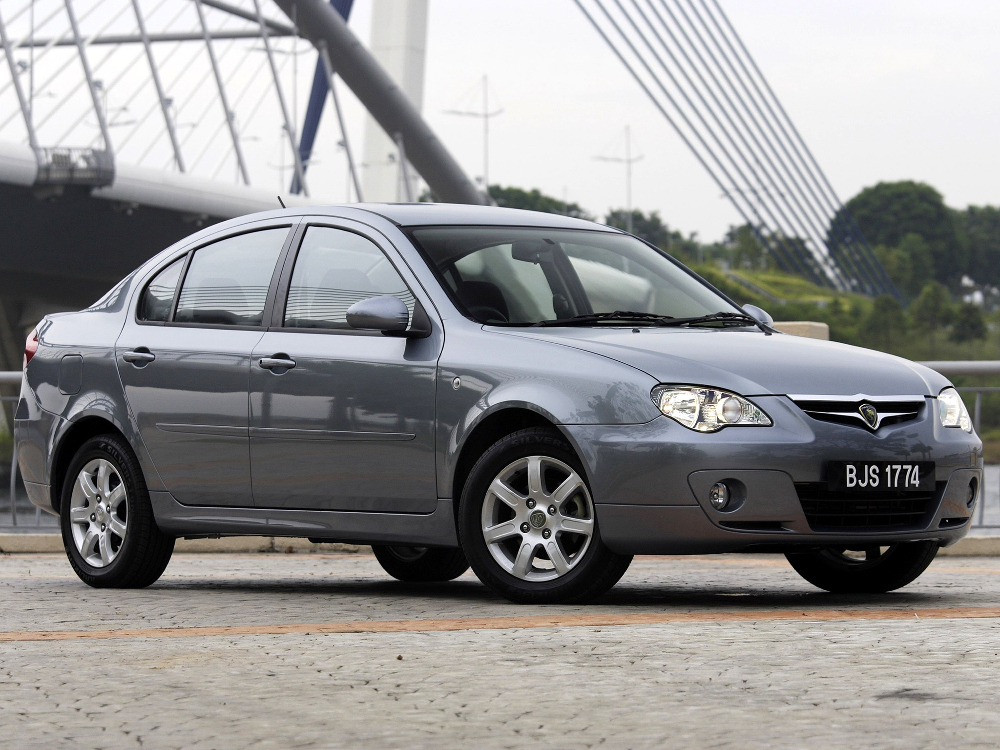 Proton Persona 400 фото авто