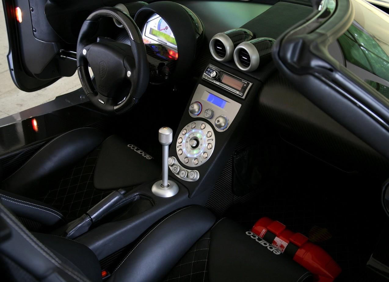 Салон Koenigsegg CCX