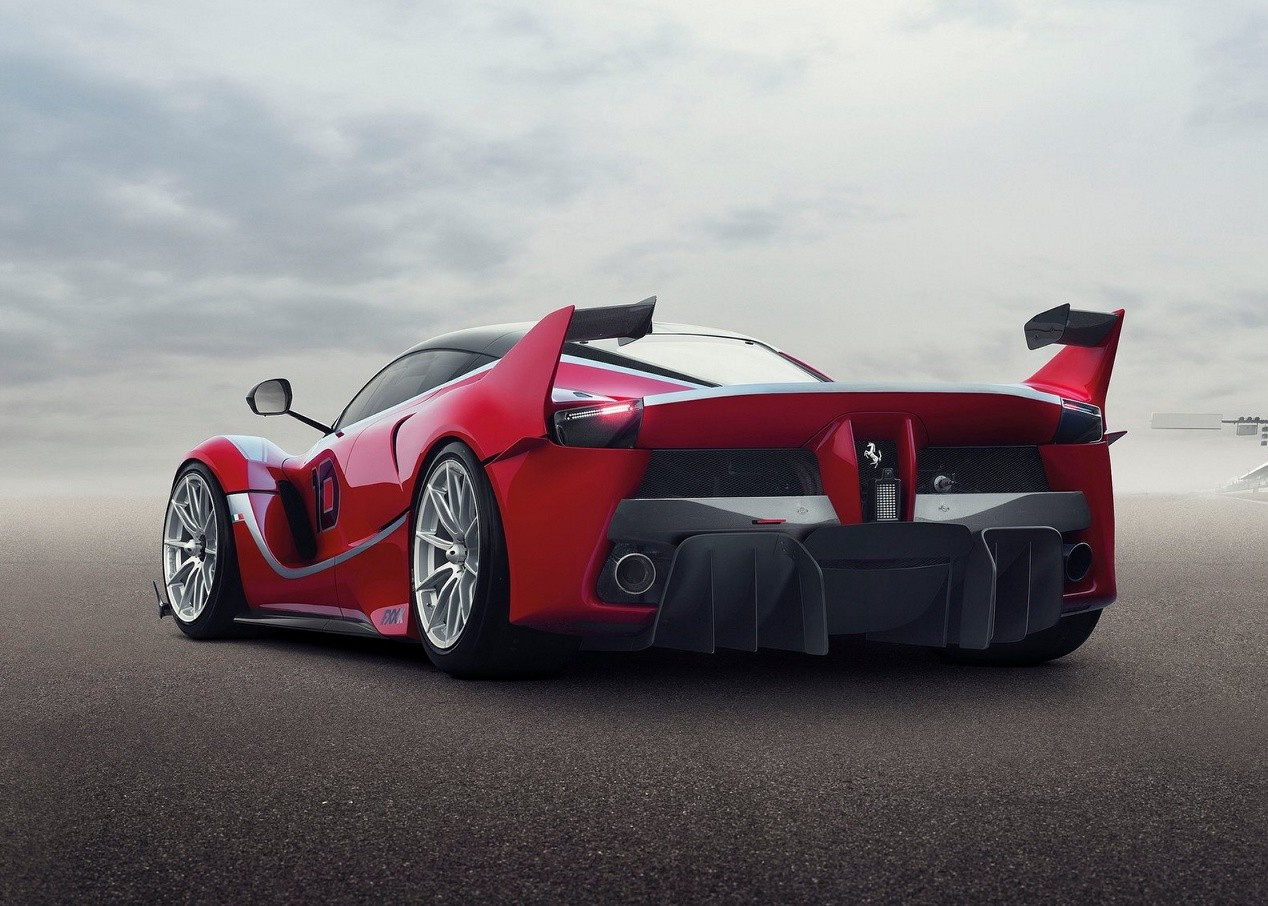Авто Ferrari FXX K
