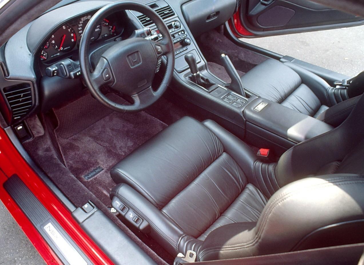 Honda NSX салон