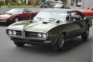Pontiac Firebird авто