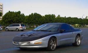 Pontiac Firebird спорткар