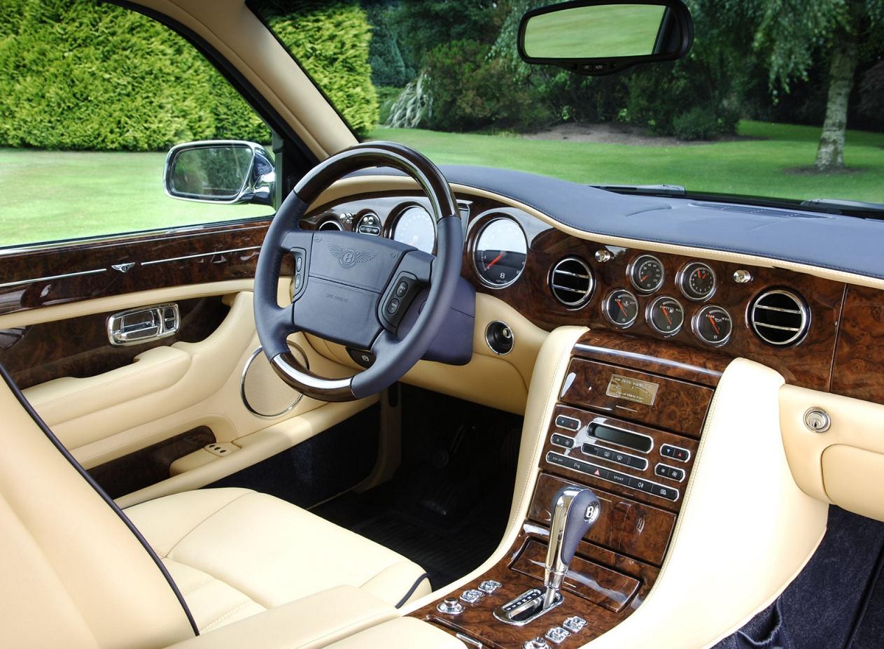 Bentley Arnage салон