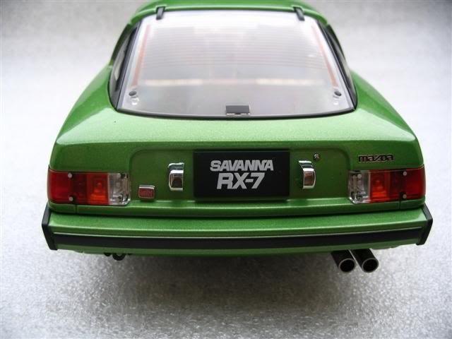 Mazda RX 7 Savanna вид сзади