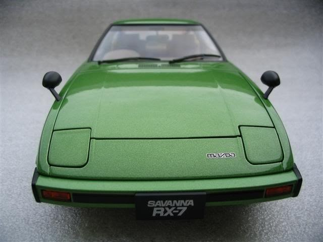 Mazda RX 7 Savanna вид спереди