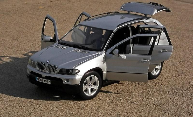 BMW X5 фотография