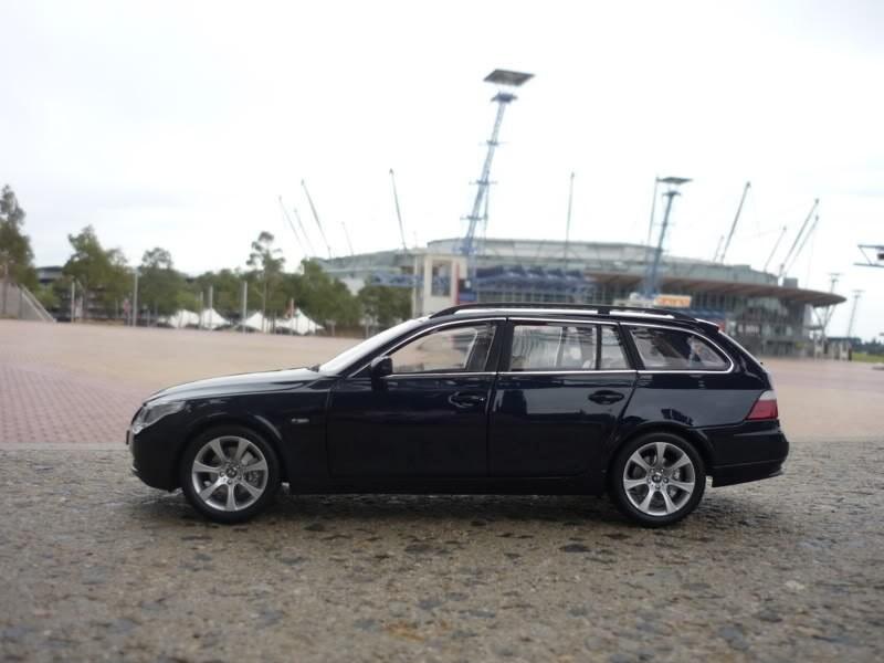 BMW 545i Touring вид сбоку