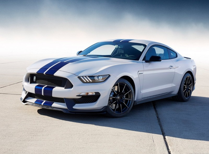 Ford Mustang Shelby GT350 2015 года