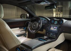 Jaguar XJ салон