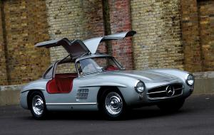 Mercedes-Benz 300 SL автомобиль