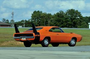 Dodge Charger Daytona фото