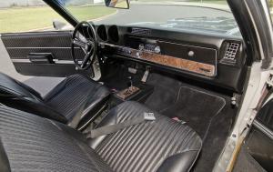 Oldsmobile 442 Hurst салон