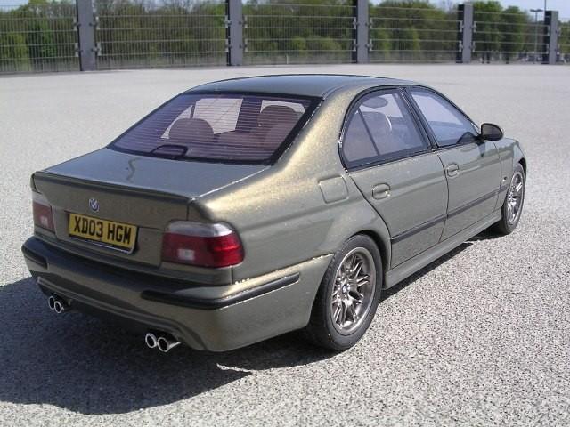Авто BMW M5 E39