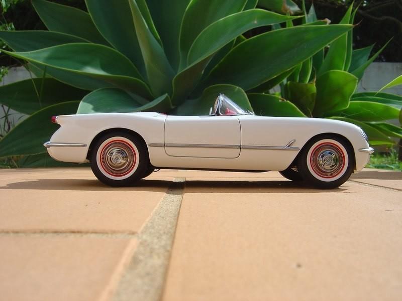 Вид сбоку Chevrolet Corvette С1