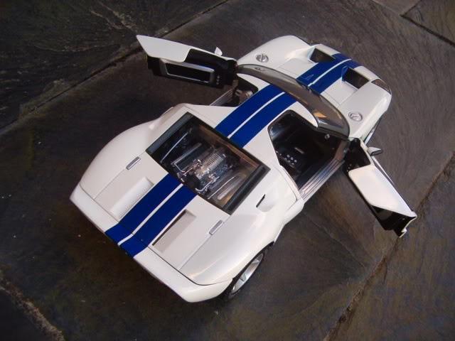 Ford GT вид сверху