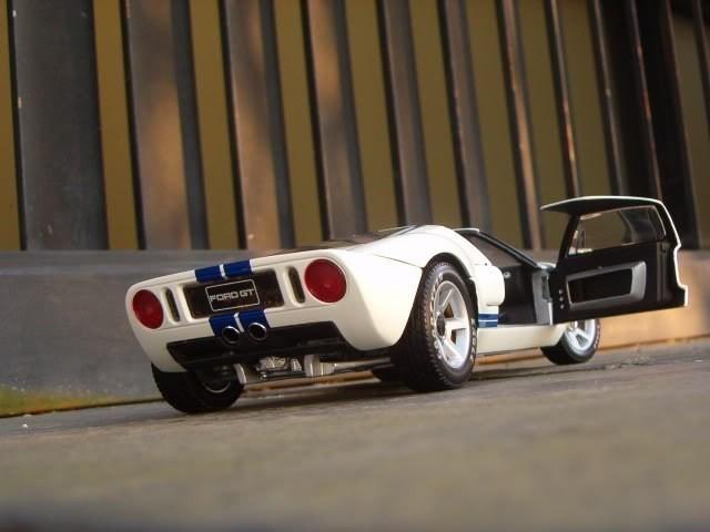 Ford GT автомобильная модель
