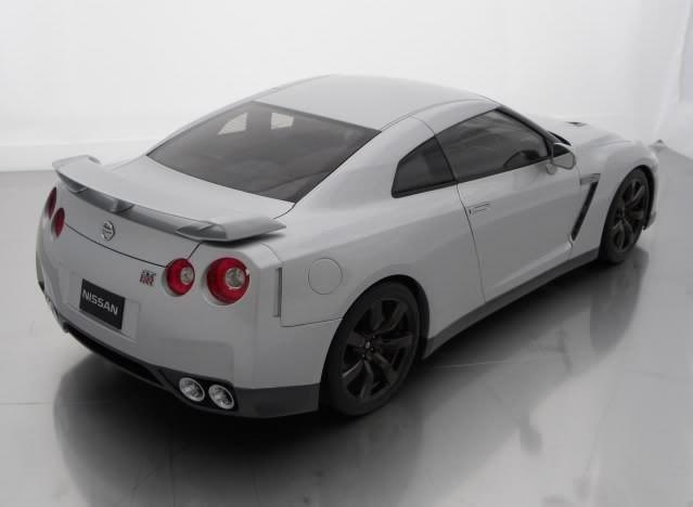 Авто Nissan Gt-R R35