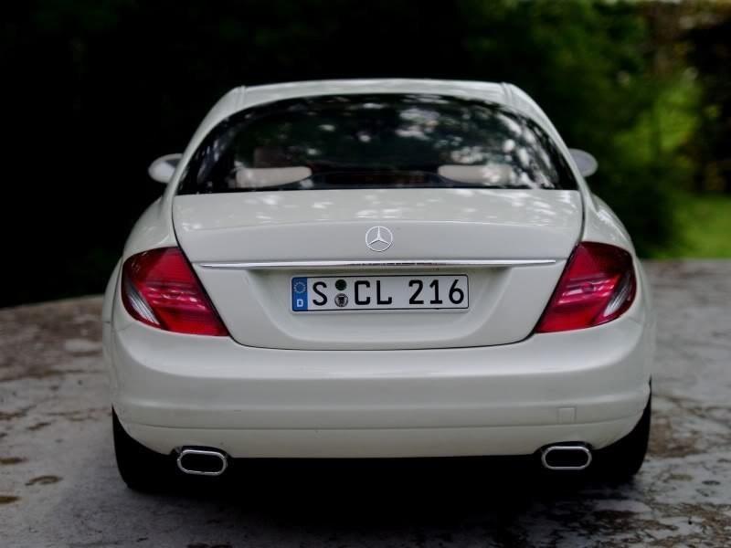 Вид сзади Mercedes-Benz CL 500
