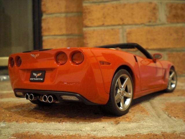 Chevrolet Corvette авто