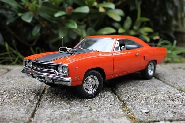 Plymouth Roadrunner фото