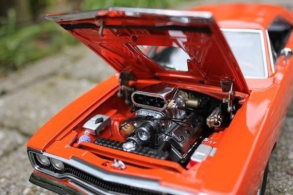 Двигатель Plymouth Roadrunner