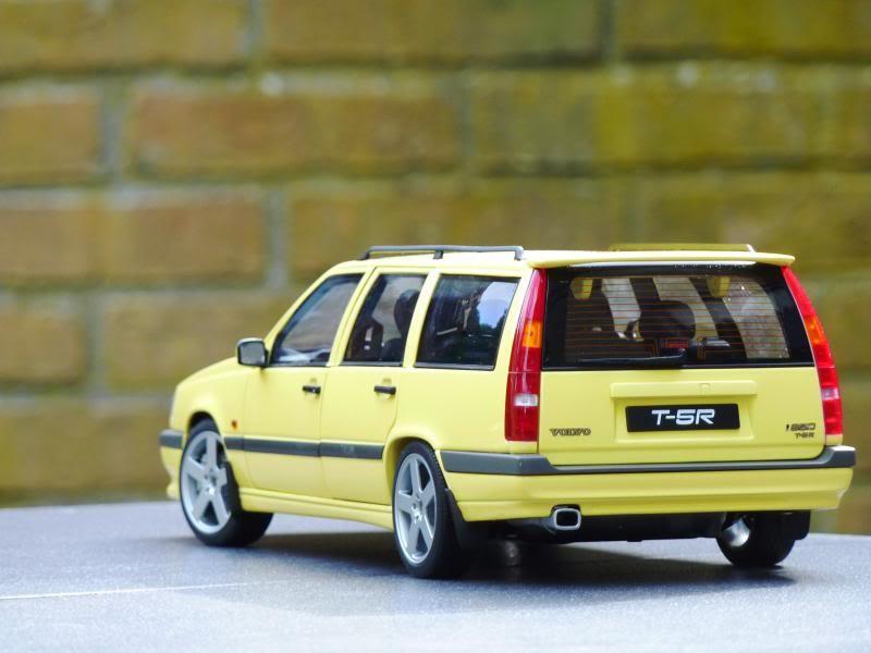 Вид сзади Volvo 850 T-5R