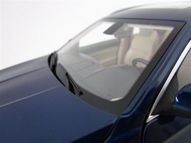 Лобовое стекло BMW 550i Touring