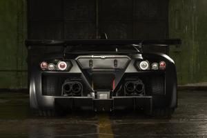 Gumpert Apollo Enraged вид сзади