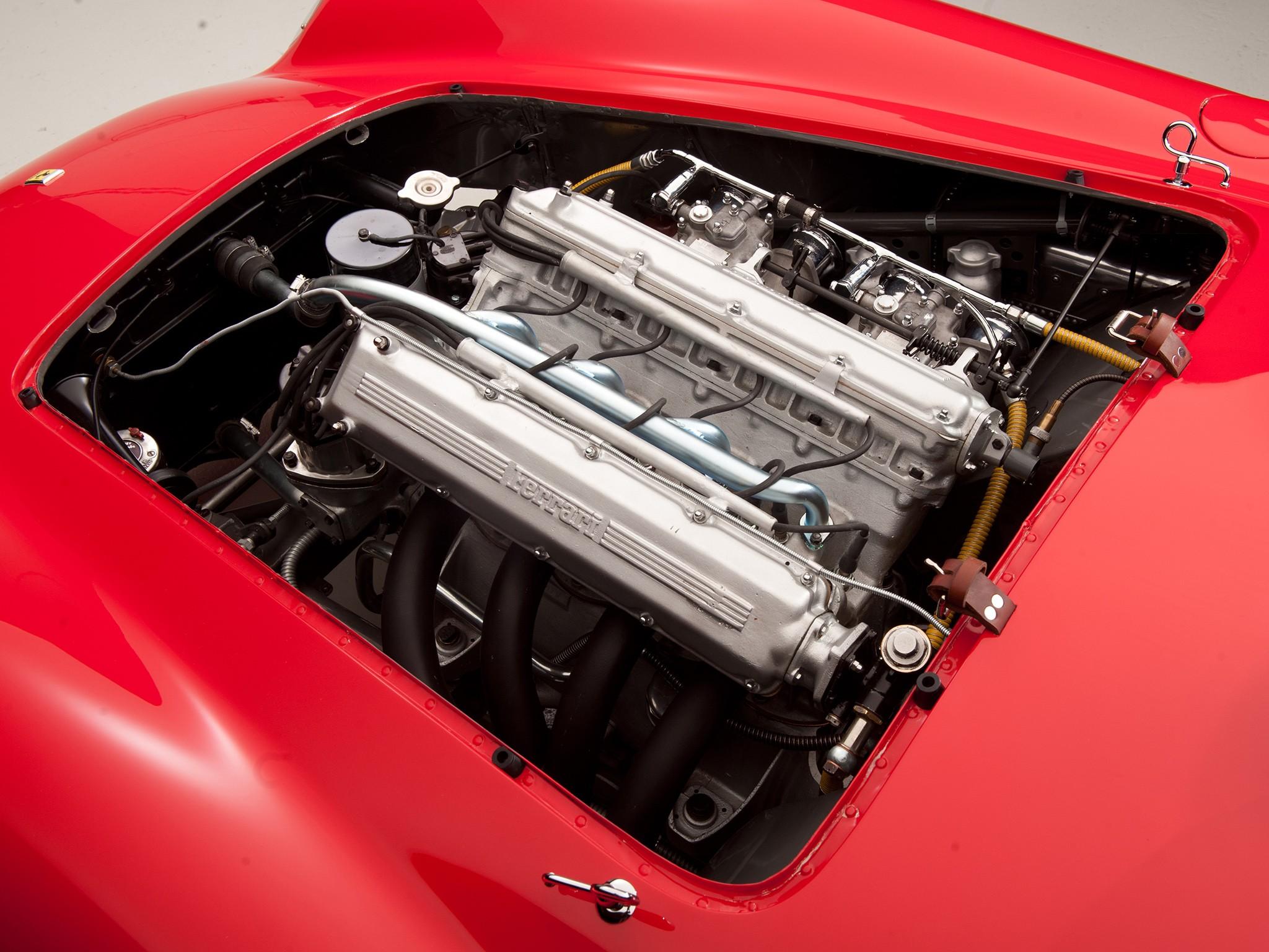 Ferrari 750 Monza двигатель